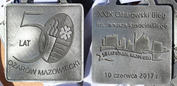 Medal XXIX Biegu na 10 kilometrów im. Janusza Kusocińskiego. Ożarów Mazowiecki 10 czerwca 2017 r.